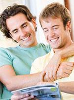 gay_couple_02